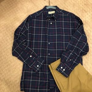Or is Men's Plaid Shirt Large